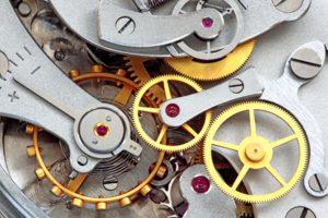 réparateur horloge ancienne